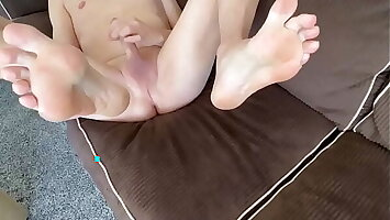 Shaved Twink Solo